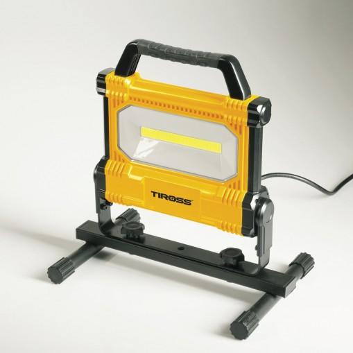 Poręczna lampa robocza 3000 lumenów