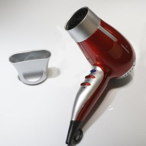 Suszarka do włosów z 3-stopniową regulacją temperatury
